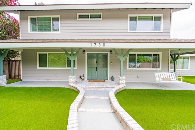 1730 La Mesa Oaks Drive, San Dimas CA: http://media.crmls.org/medias/6c9fe7ff-dab4-4531-8871-9a410669464f.jpg