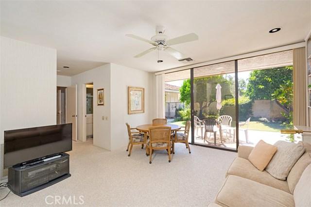 42 Lafayette Drive, Rancho Mirage CA: http://media.crmls.org/medias/6ca96cc4-3ab2-4859-83d5-a70556ef957d.jpg