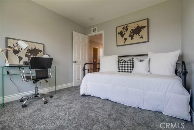 21901 Acarus Avenue, Carson CA: http://media.crmls.org/medias/6ca9bf3e-783b-4601-93d9-e2cace58e0a8.jpg