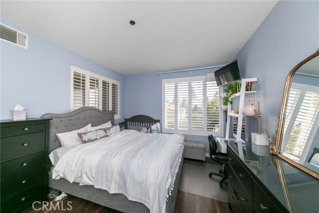705 Maplewood, Irvine, CA 92618 Photo 15