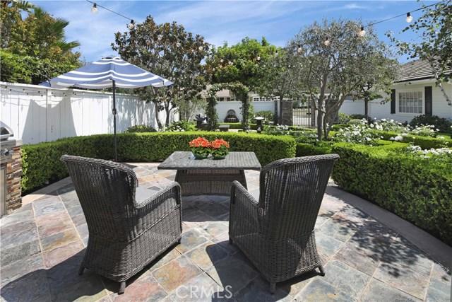 2233 Arbutus Street, Newport Beach CA: http://media.crmls.org/medias/6cb6f2c4-cdbe-4235-9b6c-7dd82e92389e.jpg