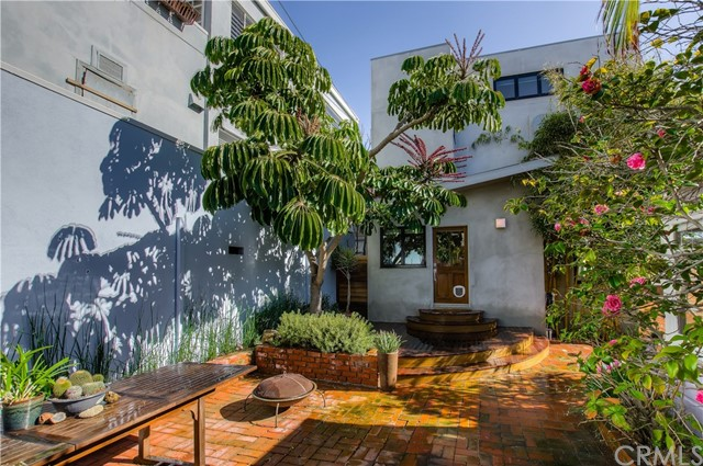 217 39th Street Manhattan Beach, CA 90266 - MLS #: SB17232619