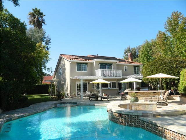 25676 Morales Mission Viejo, CA 92691 is listed for sale as MLS Listing OC16732613