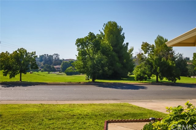 3004 California Park Drive, Chico CA: http://media.crmls.org/medias/6cc4f213-7f07-44ba-b4bc-9f2b353bd246.jpg