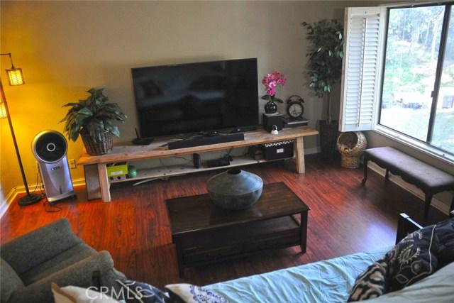 600 Central Avenue, Riverside CA: http://media.crmls.org/medias/6cdfa7c8-f7a9-4d75-adcf-da54b7f69309.jpg