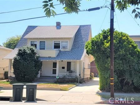 201 S Michigan Avenue, Pasadena CA: http://media.crmls.org/medias/6ce65e4a-02e3-4c60-8cf7-d8db910919e4.jpg