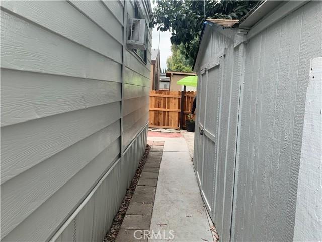 3101 S Fairview Street, Santa Ana CA: http://media.crmls.org/medias/6cec117b-f64a-43a0-9494-a28f5706e478.jpg