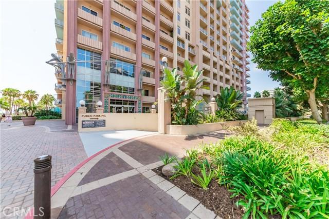 388 E Ocean Boulevard, Long Beach CA: http://media.crmls.org/medias/6cf46b21-db47-46f6-b983-83c58de3e229.jpg