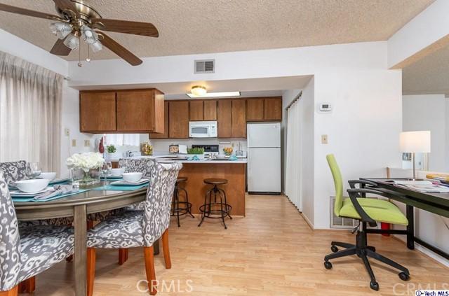 1512 Dixon Street Unit E Glendale, CA 91205 - MLS #: 318003876