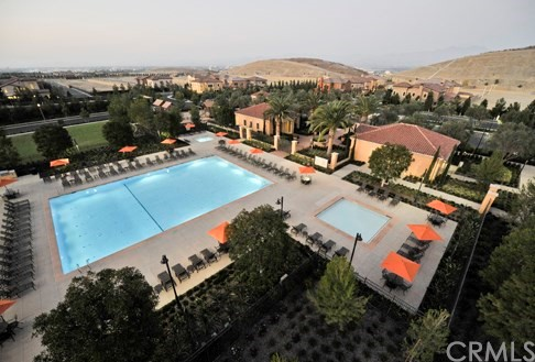 40 Modena Irvine, CA 92618 - MLS #: OC17162149