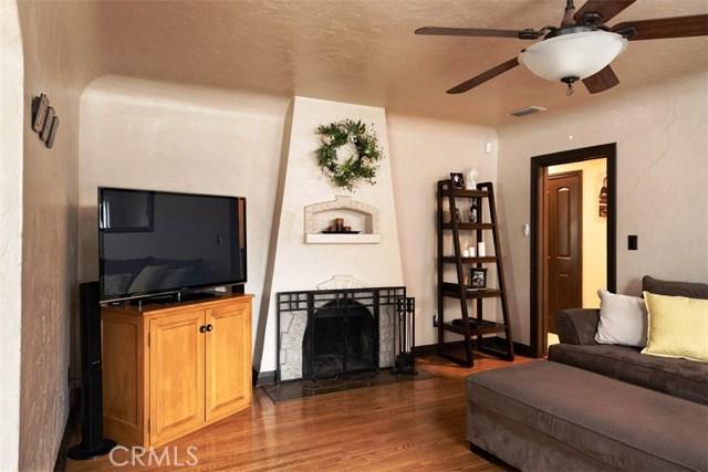 790 Carhart Avenue, Fullerton CA: http://media.crmls.org/medias/6cfb1b61-f48d-47b2-aa24-0d165fc44a5f.jpg