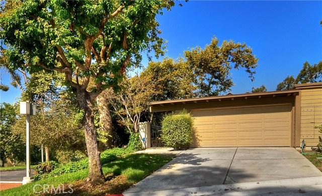 10 Prado, Irvine CA: http://media.crmls.org/medias/6d0558bd-e2b7-4b19-9257-fe2c3cce9fff.jpg
