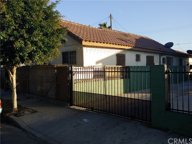 1674 E 50th Pl, Los Angeles, CA 90011 Photo 2