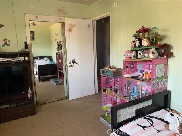 17420 Keene Avenue, Carson CA: http://media.crmls.org/medias/6d20cc73-88a8-48d7-a495-1e15162088ac.jpg
