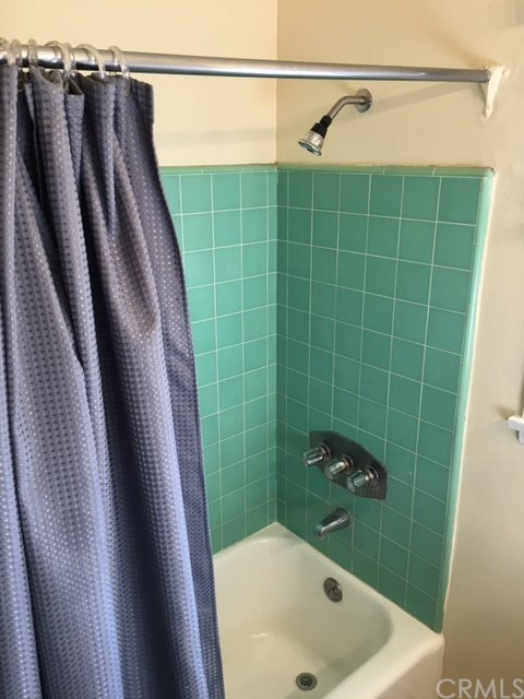 1011 E Greendale Street, West Covina CA: http://media.crmls.org/medias/6d22ae7b-9bd5-406f-a5a6-ce588d89d8eb.jpg
