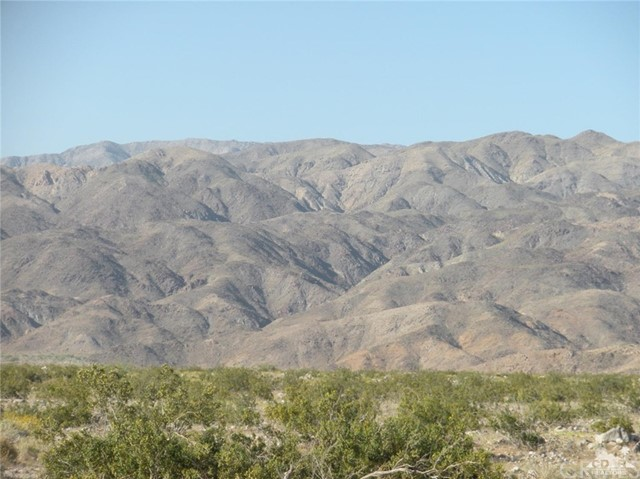 5 ACRES-40th Ave, Indio CA: http://media.crmls.org/medias/6d421334-26cb-41f9-a3b1-9519bf1f3fe2.jpg