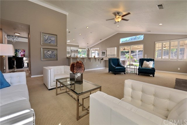 948 Mangrove Circle, Corona CA: http://media.crmls.org/medias/6d49851d-30ba-4e1b-ab58-b14959c99162.jpg