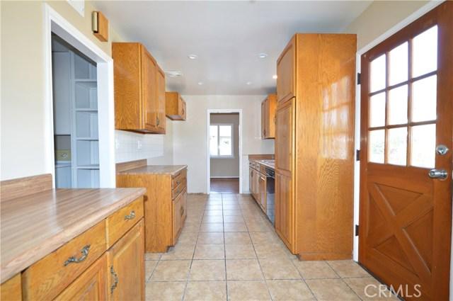 1612 Sawyer Avenue, West Covina CA: http://media.crmls.org/medias/6d4df5d9-8fb1-4d95-af21-717b6e441463.jpg