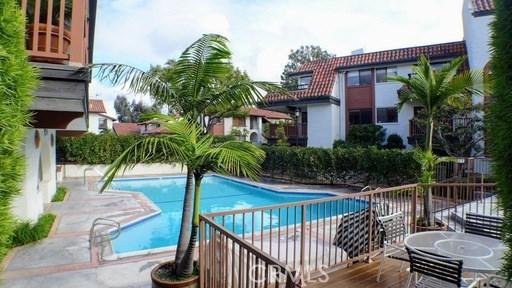 6262 Riviera Cr, Long Beach, CA 90815 Photo 0