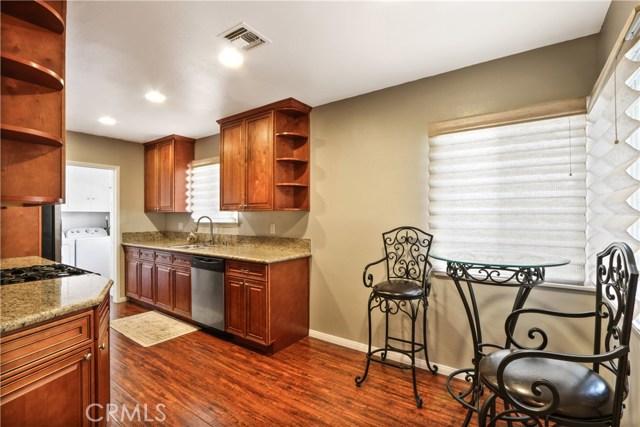 6340 Dashwood Street, Lakewood CA: http://media.crmls.org/medias/6d578620-7cdd-4087-9837-160c0379194d.jpg