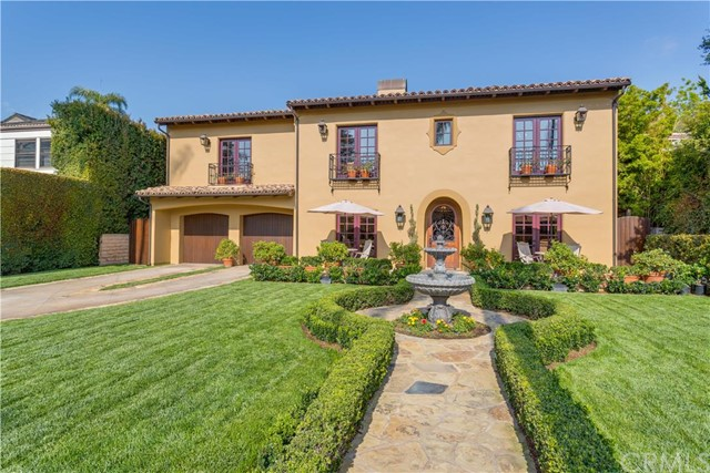 Single Family Home for Sale at 1811 Heliotrope Drive N Santa Ana, California 92706 United States