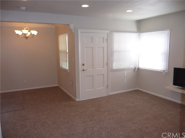 8366 La Villa St., Downey CA: http://media.crmls.org/medias/6d69a106-4b4f-47ef-91d9-052608f345ff.jpg