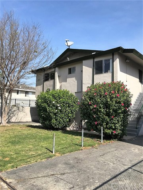 1425 225th Street, Torrance, CA 90501 photo 2