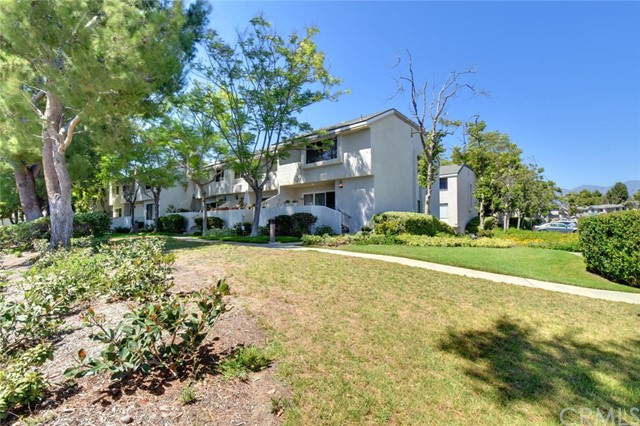 26367 W Grove Circle Unit 60 Lake Forest, CA 92630 - MLS #: PW18155629