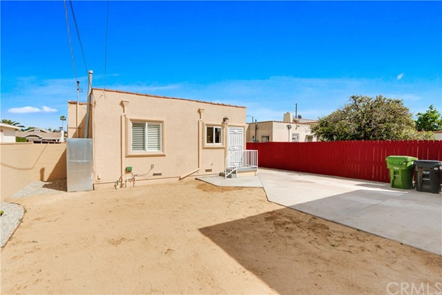 5947 5th Avenue Los Angeles, CA 90043 - MLS #: PW18078358