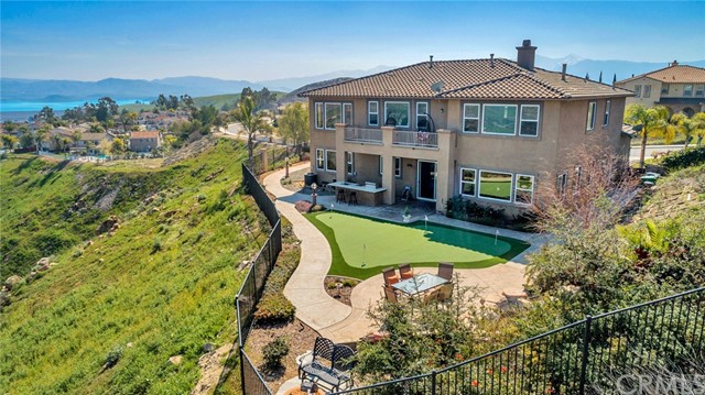 Photo of 18253 Lakepointe Drive, Riverside, CA 92503