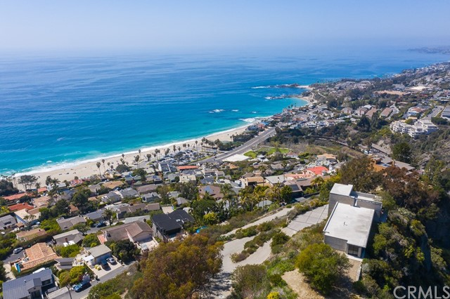 Detail Gallery Image 1 of 14 For 31164 Ceanothus Dr, Laguna Beach,  CA 92651 - – Beds | – Baths