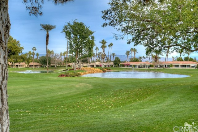 Single Family Home for Sale at 75702 Vista Del Rey 75702 Vista Del Rey Indian Wells, California 92210 United States