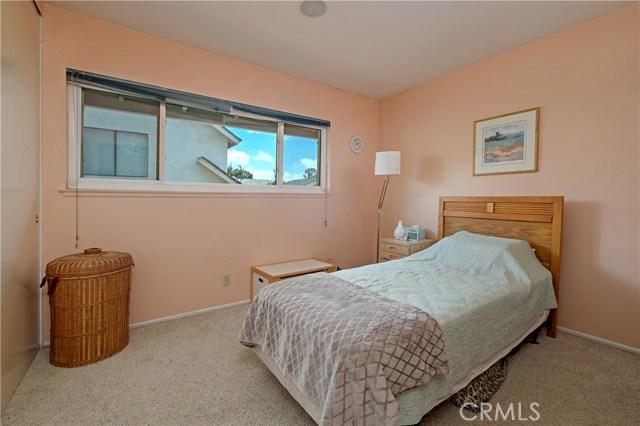 22112 Comanche Road, Lake Forest CA: http://media.crmls.org/medias/6da4beec-8dc2-470a-b396-d90697113484.jpg