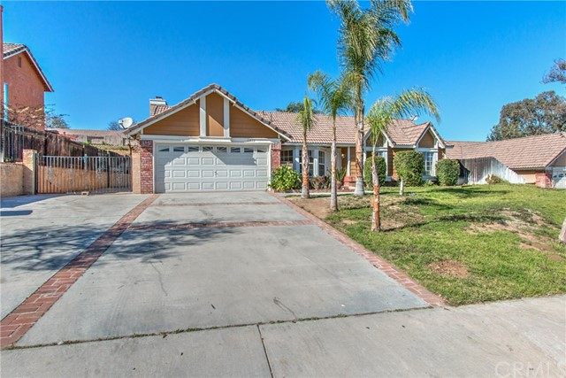 Single Family Home for Sale at 11833 Creighton Street Riverside, California 92505 United States