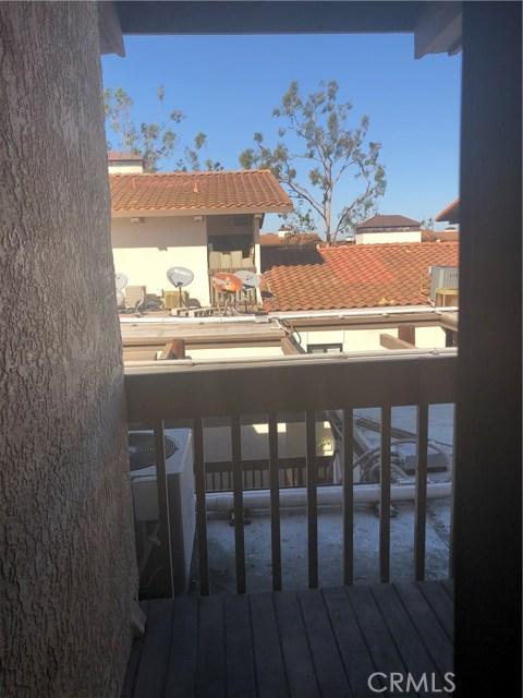 8314 N Marina Pacifica Dr, Long Beach, CA 90803 Photo 1