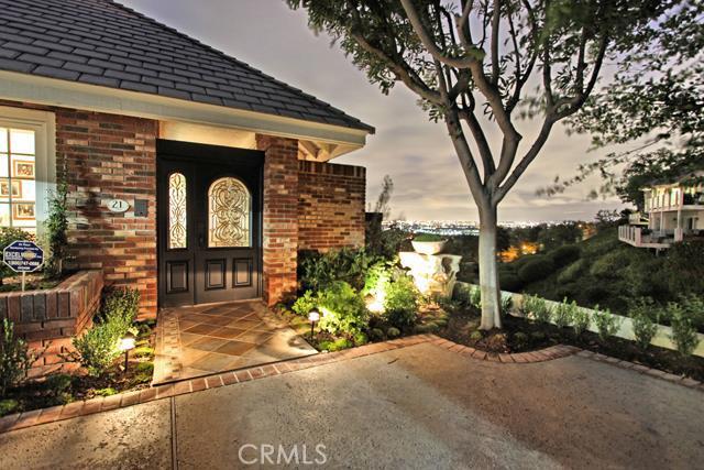 Condominium for Rent at 21 Toulon St Newport Beach, California 92660 United States