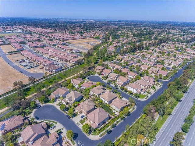 9 Dandelion, Irvine CA: http://media.crmls.org/medias/6dd7c24b-cdf5-4e27-adb1-122f12121a39.jpg