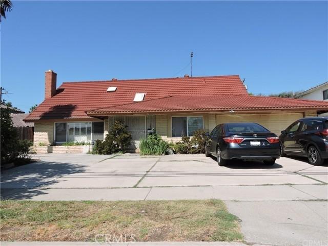 217 Pierre Road, Walnut CA: http://media.crmls.org/medias/6de8483d-6264-41da-9017-2b944bd85a0b.jpg