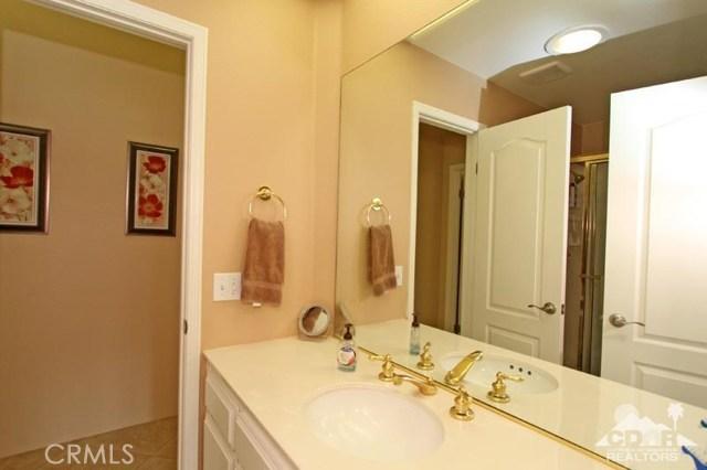 39 Colonial Drive, Rancho Mirage CA: http://media.crmls.org/medias/6dee3f61-530f-4b64-8b27-40ecdffc899b.jpg