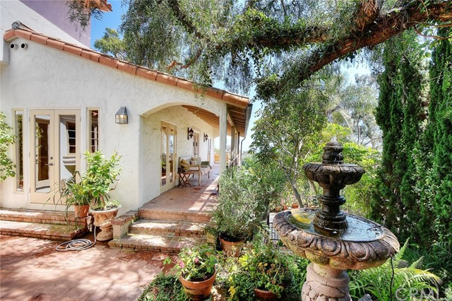 31402 Ocean View Street , CA 92651 is listed for sale as MLS Listing LG17143240