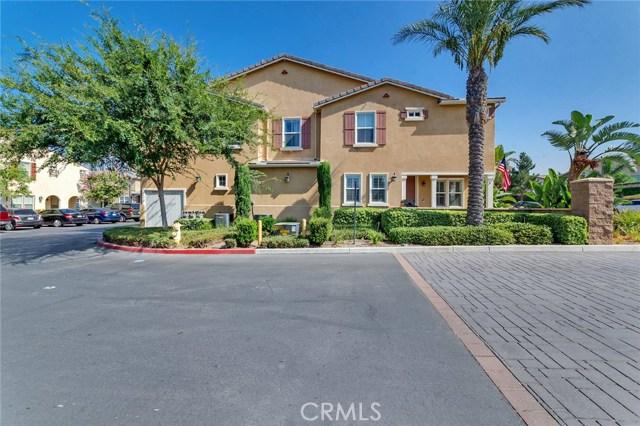 14975 S Highland Avenue, Fontana CA: http://media.crmls.org/medias/6e090411-eee4-4565-90fb-33f8b5771faf.jpg