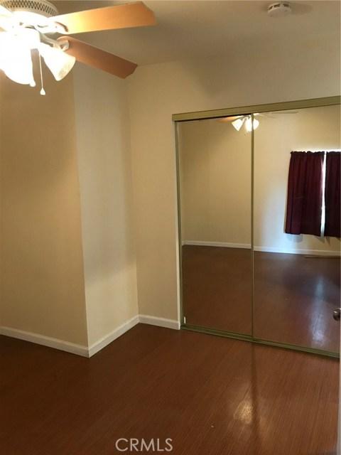 275 E 3rd Street, San Bernardino CA: http://media.crmls.org/medias/6e0c9e2f-9975-4c91-8024-cc5628a3b7c0.jpg