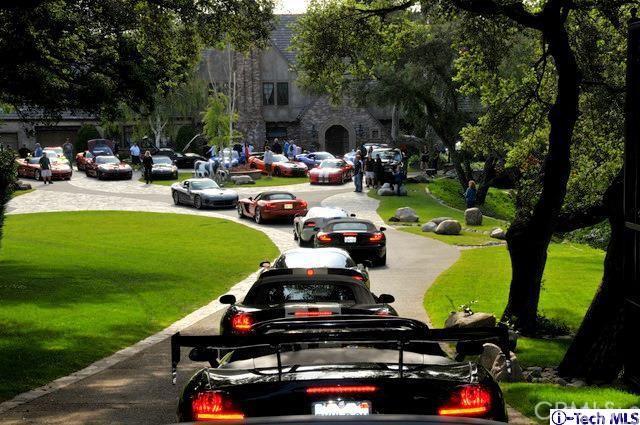 245 Berkshire Avenue, La Canada Flintridge CA: http://media.crmls.org/medias/6e2a40ef-dc95-4292-97cd-db6efd2d28c2.jpg