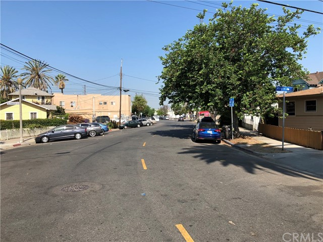 1247 N Loma Vista Drive, Long Beach CA: http://media.crmls.org/medias/6e320700-bd92-4932-8e39-56359b5050d6.jpg