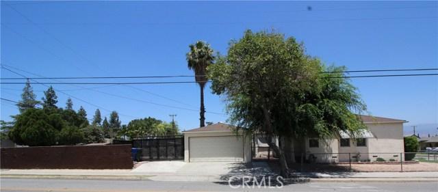 798 Bunker Hill Drive, San Bernardino CA: http://media.crmls.org/medias/6e332d2a-5ff8-49cd-8130-a2fe4d0e424a.jpg