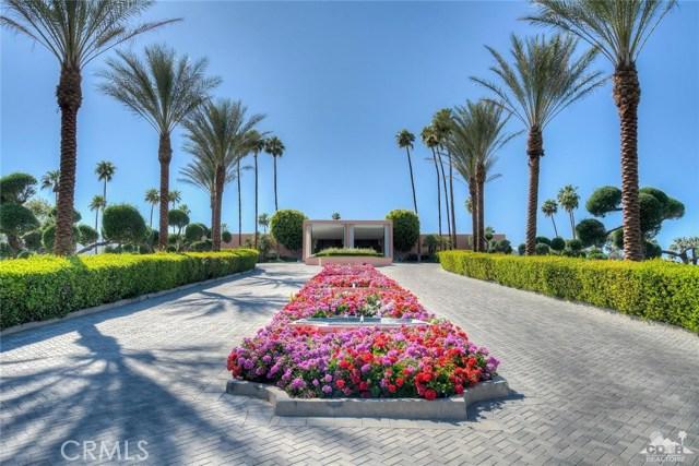 47043 Arcadia Lane, Palm Desert CA: http://media.crmls.org/medias/6e36398a-29c1-4d31-8a04-20a08c83372d.jpg