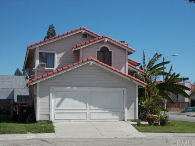 Single Family Home for Sale at 1424 Aurora Lane San Bernardino, California 92408 United States