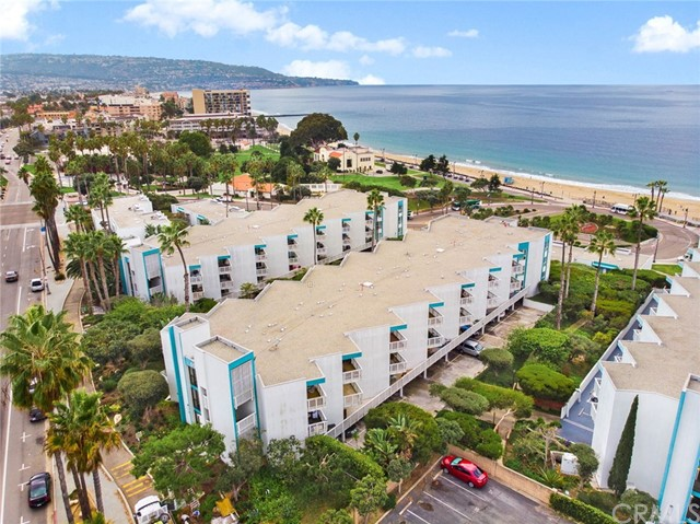 650  The Village UNIT 105, Redondo Beach in Los Angeles County, CA 90277 Home for Sale