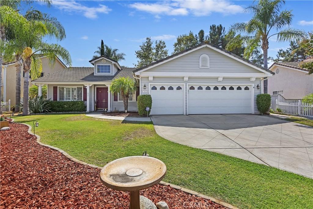 153 Brava Place, Escondido, CA 92026