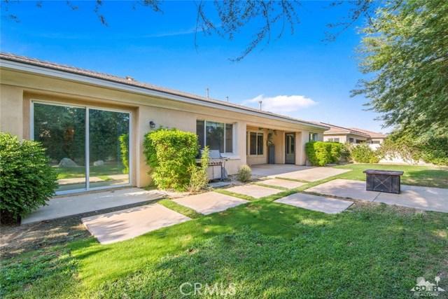 121 Brenna Lane, Palm Desert CA: http://media.crmls.org/medias/6e4875c9-b172-420c-8589-ad0b20516220.jpg